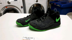 NIKE Basketball shoes size 7.5