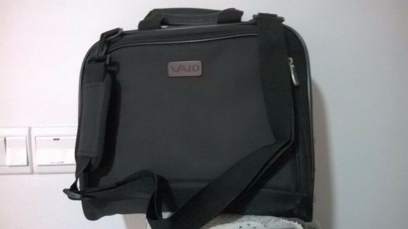 One used Sony Laptop carrier (shoulder) for sale