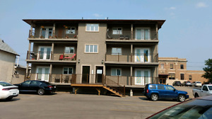 Crescent Park 2 bedroom. $1300 utilities are included