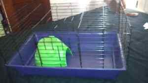 Solid shape!! Animal cage for sale with dome
