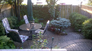 Furnished Executive Townhouse Downtown (near RMC, Queens)