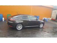 Black Alfa Romeo Diesel 1.9 with leather interior