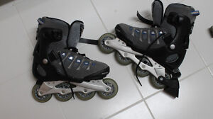 2 paires de patins en excellente condition