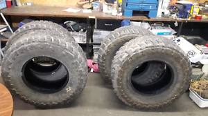 37x13.5x18R Toyo Open Country M/T