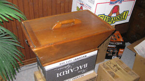 Antique Pine Dough Box Sarnia Sarnia Area image 1
