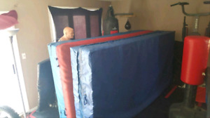 (BEST OFFER!!) Work out / Exercise Mat in Excellent Condition!!!
