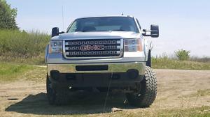 2013 gmc sierra 2500HD 128000 kms