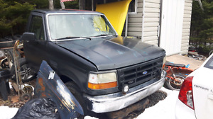 1996 ford 5 speed4x4  for repair or parts