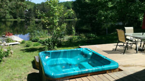 Private waterfront cottage with hot tub, kayak, BBQ