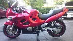 katana 2002 750 rouge rare