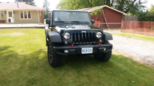jeep rubicon 2016 hardrock model ( one owner )