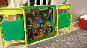 Teenage mutant turtle table and chairs