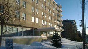 Appartement 1 chambre pres de U.Q.O  pour 1er ou le 15 Décembre