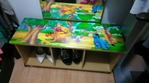 Winnie the pooh book/toy shelf brand new condition