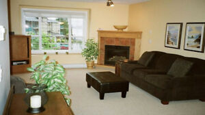 August - Lovely 2 Bdrm Lakeview Condo 10 Min from Penticton