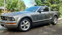 2009 MUSTANG COUPE DELUXE 45th ANNIVERSARY EDITION