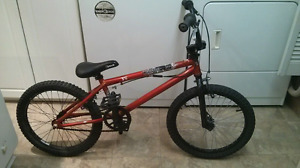 Quality Haro bmx bike in great shape, gyro, 3 piece crank, orang