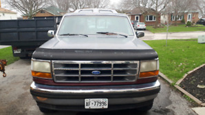 Ford 93 F150 4x4 very nice shape
