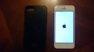 16GB Iphone 5 Bell or Virgin - Amherst