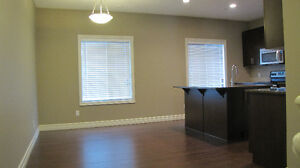 AMAZING NEW 3 BEDROOM TOWNHOUSE IN MAGRATH WITH 2-CAR GARAGE Edmonton Edmonton Area image 5
