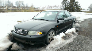Pieces 1996 Audi A4 quattro 2.8L part out/ a vendre