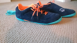 New Pele Indoor Soccer Shoes size 13