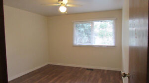 Southgate Upstairs Furnished Room Available April 1 All Included