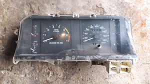 1987-1993 Ford Mustang 5.0 fox body gauge cluster