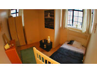 Large single bedroom now available in Bethnal Green
