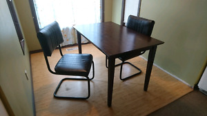 Table + 2 Chairs
