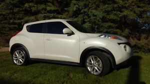 2011 Nissan Juke SL  AWD Turbo!!