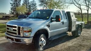 2008 Ford F-350 Truck with flat deck