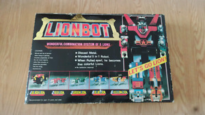 Mint in box Lionbot 1985 Vintage Diecast 12""
