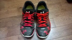 2 shoes for $10 condition under 5/10 (Under Armour, Nike)