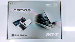 Acer Aspire One Netbook + Case/USB Optical Drive