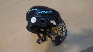 CCM 04S Hockey helmet for child size S 51-55 mm, face cage