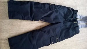 Firefly Ski Pants in Black size small (fits 9-10 year old)