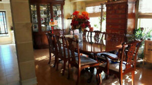 Wow ! Chippendale Dining Table and