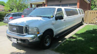 "2004 Ford Excursion Krystal 140"" Limo 14 Pass"