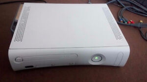 Xbox 360, 18 games and extras