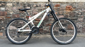 GT. FULLY WORKING NEW HYDRAULIC BRAKES NO RUSTY FREE DELIVERY FULLY WO