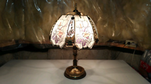 Tiffany table lamp for sale. $40