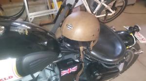 Vintage style motorcycle helmet
