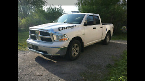 2010 Dodge Hemi 5.7L 5 speed 4x4