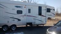30' Cherokee light travel trailer $17000 Neg.