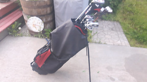 Left handed 10.5 mens golf clubs 8 clubs total