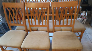 Used Wood Dining Table and 6 Chairs