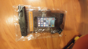 Brand New Waterproof Phone Pouch