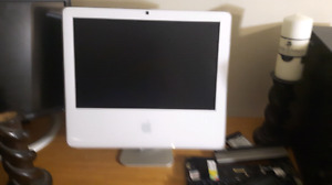 Apple iMac All in One Desk Top PC