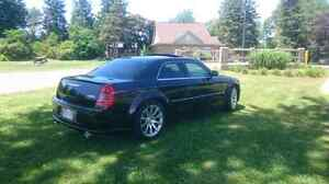2006 300C SRT8 Trade for Roadster or Yacht London Ontario image 6
